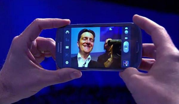 Samsung_Galaxy_S_3_billede_4
