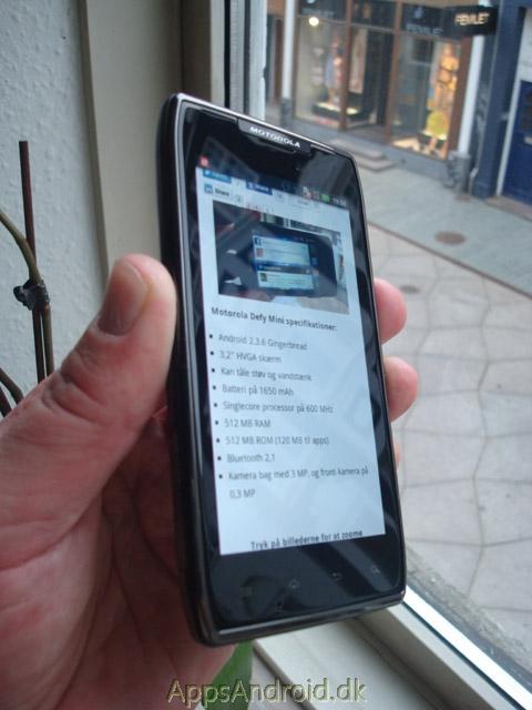 Motorola_RAZR_MAXX_killer_screen