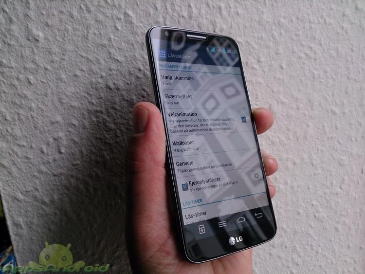 LG G2 side