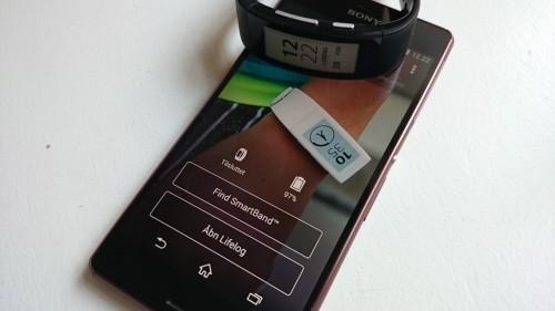 thumb sony-smartband-talk